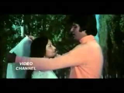 Kabhi Kabhi Mere Dil Mein Khyal Aata Hai   1976 film Kabhi Kabhie  Mukesh Chand Mathur   YouTube