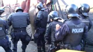 Desalojan vendedores que bloquearon Bulevar del Ejército @SilviaHdezTCS thumbnail