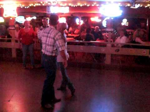 Country And Western Dance Lessons From The Broken Spoke In