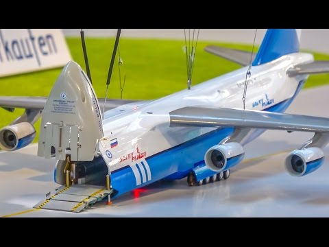HUGE  transport aircraft ANTONOV  with functions in INCREDIBLE 1/160 scale!