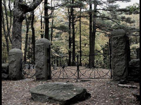 Spider  Gates cemetery  exploration