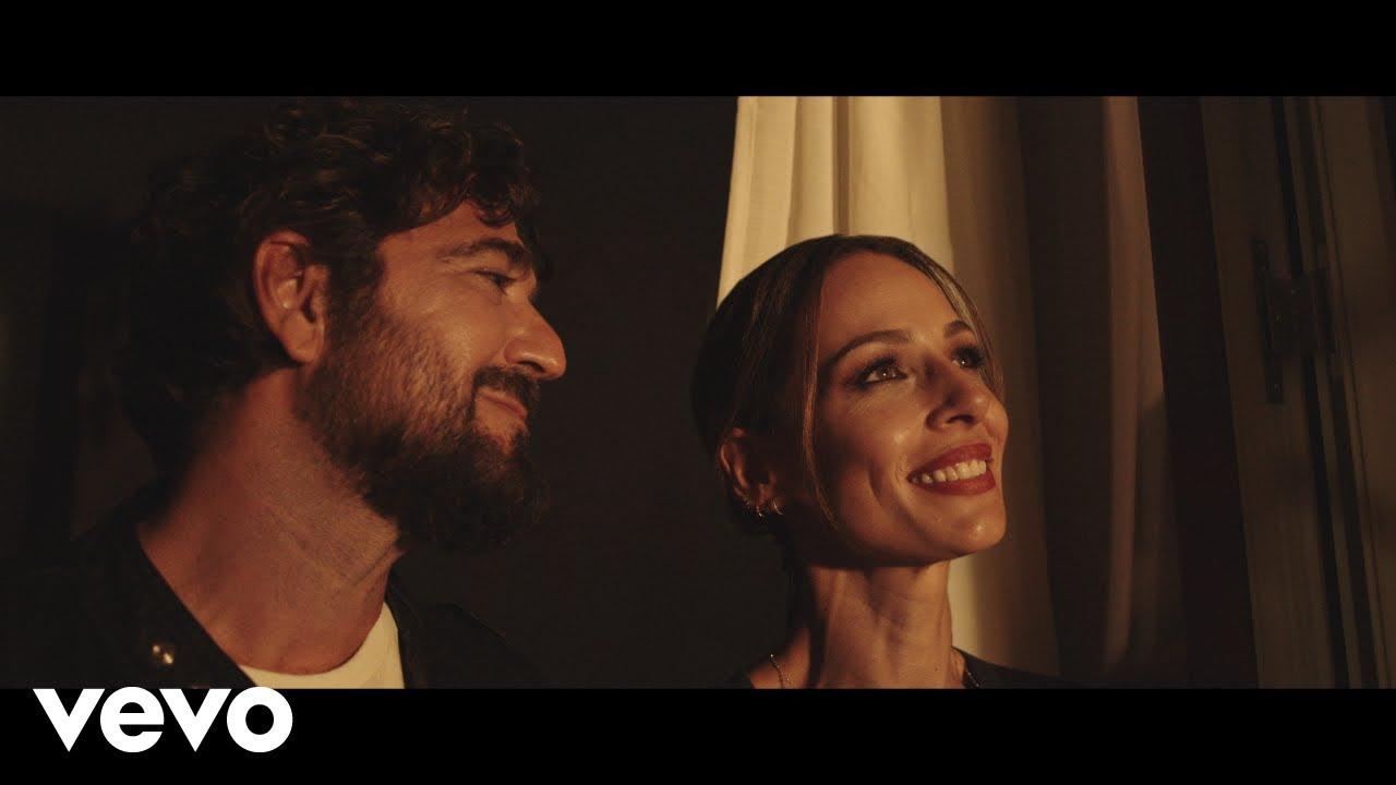 Download Antonio Orozco - Entre Sobras Y Sobras Me Faltas