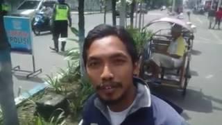 POLISI KETAKUTAN !! pria sederhana ini sangat di takuti polisi, LIHAT APA YANG DILAKUKANNYA