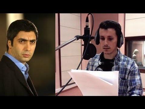 مراد علمدار و الشخص المدبلج لصوته بالتركى