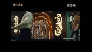 спонсорская реклама пива Carlsberg (парикмахерская) (ТЕТ, август 2016)
