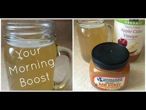 raw-honey-&-apple-cider-vinegar-morning-boost-drink