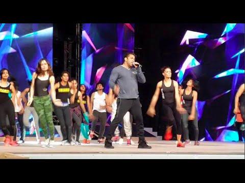 Leaked: Salman Khan Singing 'Hangover' At Arab Indo Bollywood Awards
