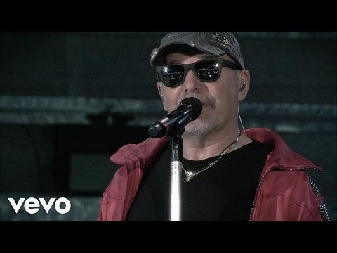 Vasco Rossi - Sono Innocente Ma… (Live Kom 015)