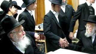 Meeting between Rabbi Elyashiv and Rabbi Azriel Auerbach (1)
