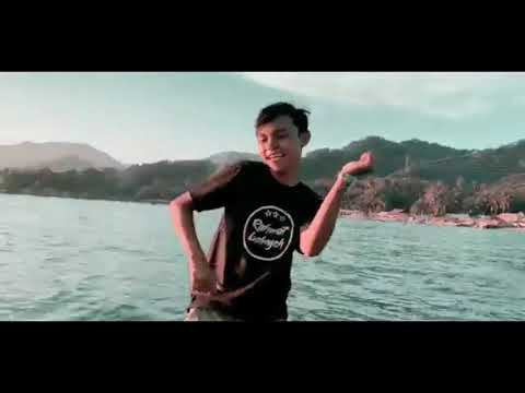 rahmat-tahalu---ampun-bang-jago-|-video-lyrics