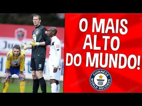 O JOGADOR MAIS ALTO DO MUNDO!! | Recordes Do Futebol #3
