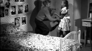 Far til fire (1953) - Bodil Kjer skal sove