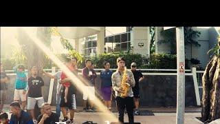 Street musician CFD taman bungkul surabaya | deen assalam - saxophone cover | unity in diversity |