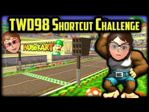 Mario Kart Wii Shortcuts - NMeade vs TWD98 Shortcut Challenge [Intermediate Edition]