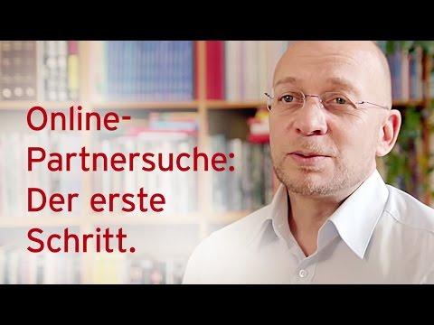 Wie macht man bei der Online-Partnersuche den ersten Schritt? Antworten vom Single-Experten