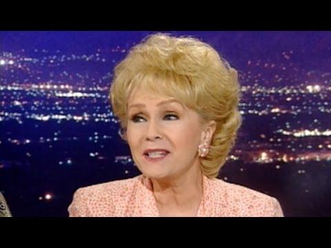 Debbie Reynolds sings for Larry King (1996)