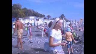 Сочи.  На море шторм.  (14 августа 2016 года)(Видеозапись сделана на пляже