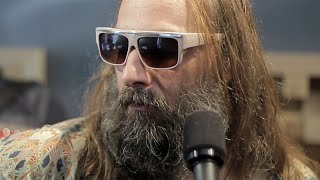 "Sebastien Tellier's Red Bull Session : ""Fingers of Steel"" - ""L'amour Carnaval"""