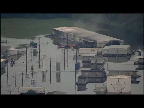 News Update Houston flood: Arkema chemical plant fire 31/08/17