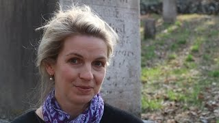 These Shallow Graves: How I Met Jo Montfort