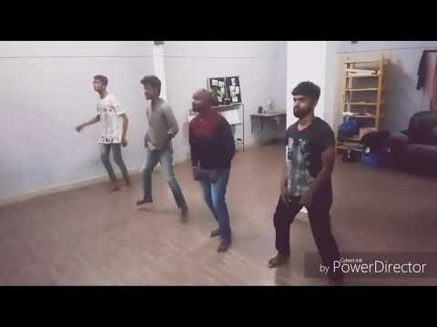 Enteammade jimikki kammal by Art Alive dance team...