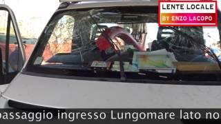 LOCRI incidente carroscala al sottopassaggio Lungomare lato nord (by EL)
