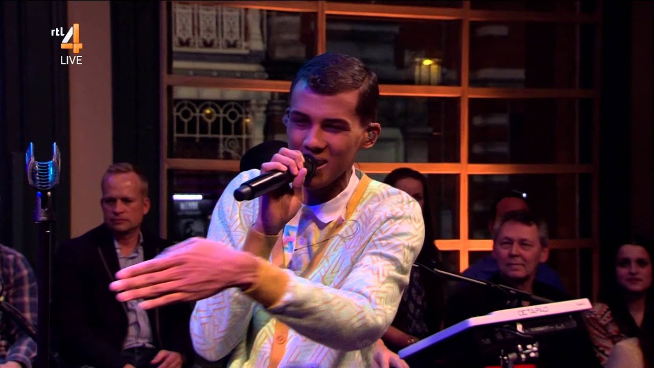 Download Stromae - Papaoutai [RTL Late Night 2014.03.10]