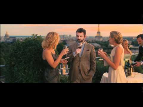 Trailer doblado al castellano