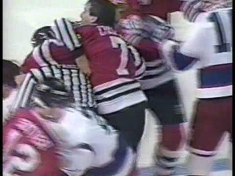 Chris Chelios vs Teemu Selanne Jan 19, 1993