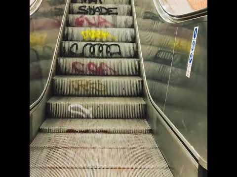 Berlin streetart escalator