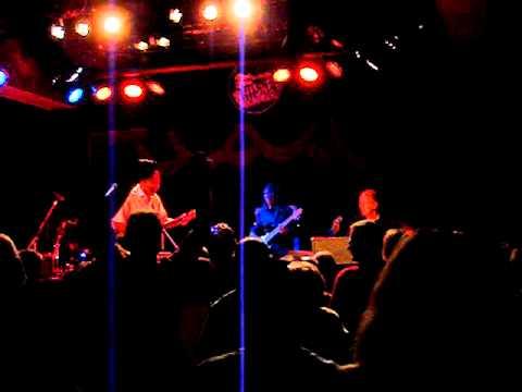 10-06-2011 - Robert Cray - Nothin' But a Woman mp3