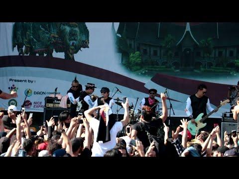 SALAM RINDU - Tipe X Live Korea Selatan Festival gebyar infonesia#2