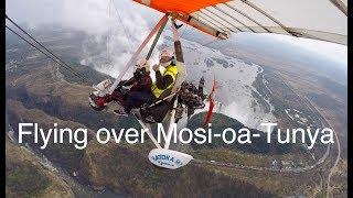 Microlight over Mosi-oa-Tunya