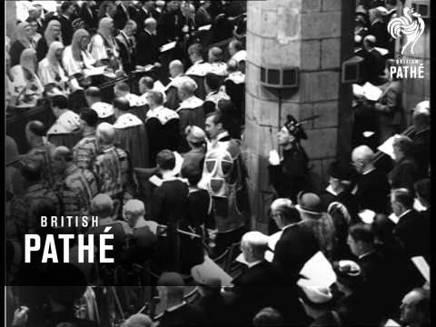 Selected Originals - Scotland Welcomes The Queen Queen At St. Giles Cathedral (1953)