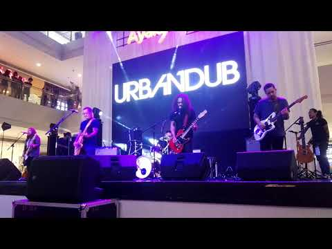 Urbandub - Gravity Live at Ayala feliz