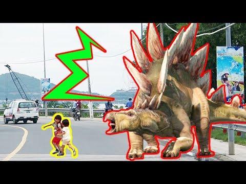 巨大な恐竜が現れた!!? 子供動画 Kids-Of-Ninja