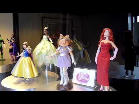 Jessica Rabbit, Snow White & Miss Piggy - Tonner Dolls that Greet Us
