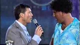 Showmatch 2010 - 8 preguntas de la Mole para Marcelo