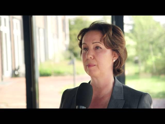 Die Migräne-App: Interview mit Bettina Frank,  Selbsthilfe-Community Headbook