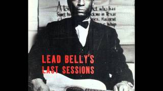 Leadbelly - Ain't It A Shame To Go Fishin' On A Sunday