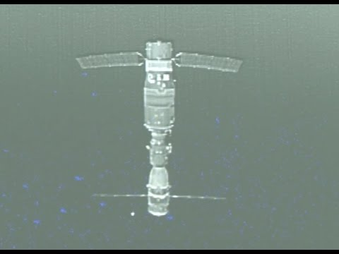 Accompanying Satellite Sends Back Photos of Shenzhou-11 and Tiangong-2 Complex