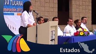 Pleito en ceremonia de clausura por alumnos sin uniforme | Noticias de Baja California