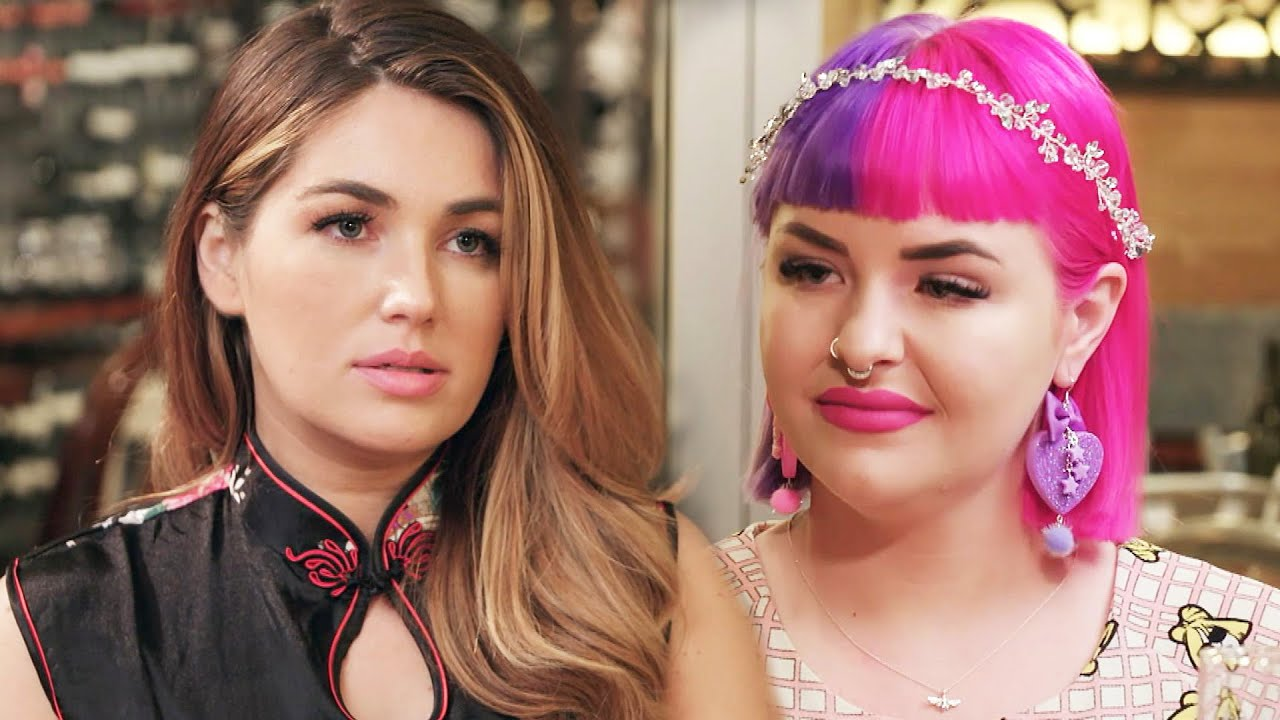 90 Day Fiance: Stephanie CONFRONTS Erika Over Having a DATING APP on Her Phone (Exclusive)