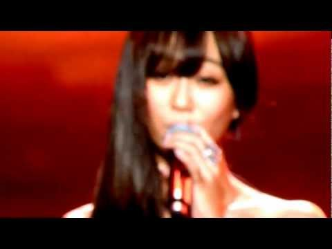Eru ft Hyorin SISTAR - Kemesraan (Special Stage) at Music Bank in JKT