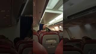 Туристы устроили бунт на борту самолета в Таиланд