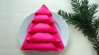 Servietten falten: Tannenbaum 🎄 Weihnachtsdeko selber machen - DIY Weihnachten Tischdeko
