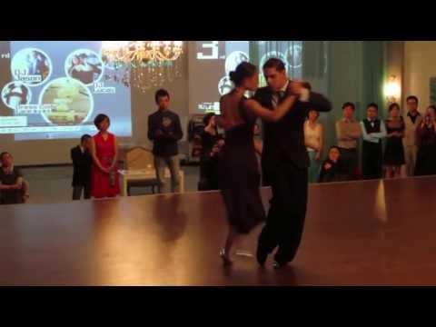 Andres Sosa y Shirley Xu en la Milonga de Gala Beijing. Desde el Alma