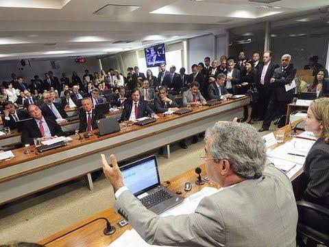 Comissão aprova reajuste dos servidores do Judiciário