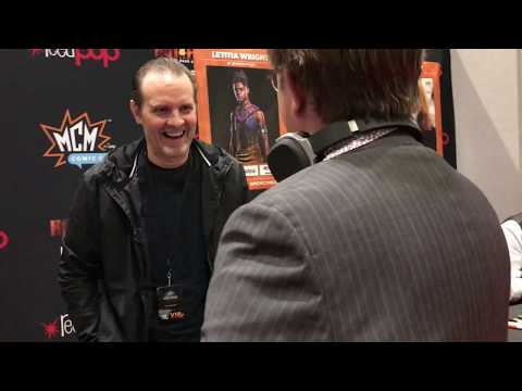 Oliver meets his favourite actor and hero, Michael Biehn