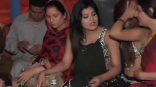 Download Video nude mujra girls in pakistan wedding 2017 MP3 3GP MP4